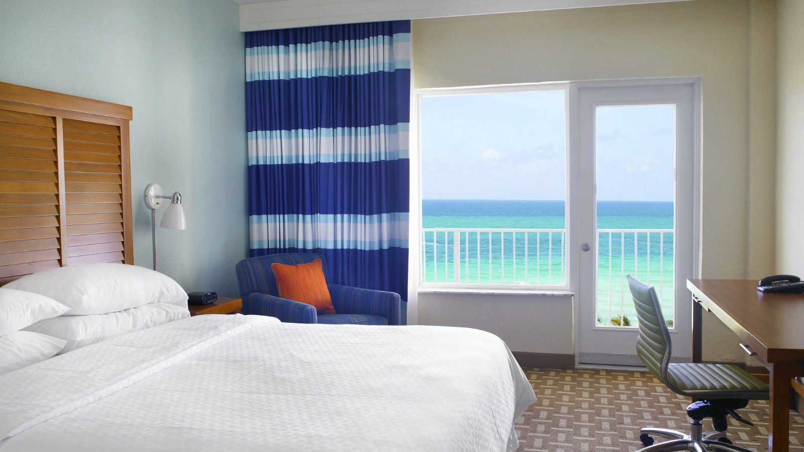 Miami Beach Accommodations - King Deluxe Oceanfront