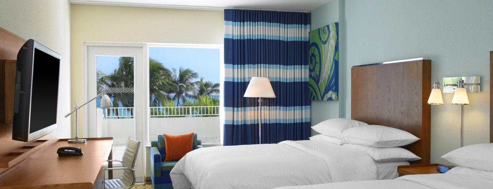 Miami Beach Accommodations - Double Bed Deluxe Oceanfront