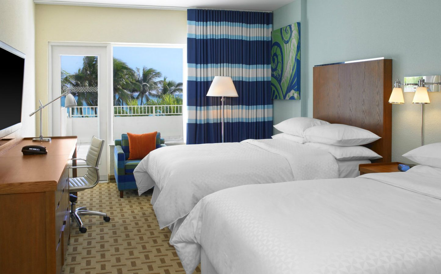 Deluxe Oceanfront   Two Double Beds